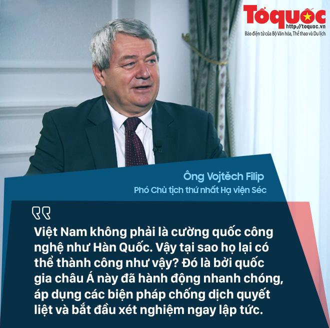 COVID-19: Quan chức Séc nói Việt Nam đạt được thành công mà nhiều nước phát triển chỉ có thể mơ ước - Ảnh 1.