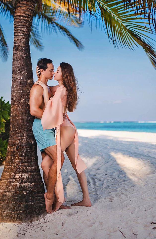 Hồ Ngọc Hà tung ảnh bikini nóng bỏng, tình tứ bên Kim Lý - Ảnh 11.