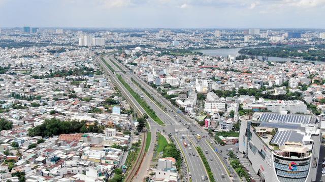 Chung cư trăm hoa đua nở dọc đại lộ đẹp nhất Sài Gòn - Ảnh 13.