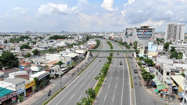 Chung cư trăm hoa đua nở dọc đại lộ đẹp nhất Sài Gòn - Ảnh 15.