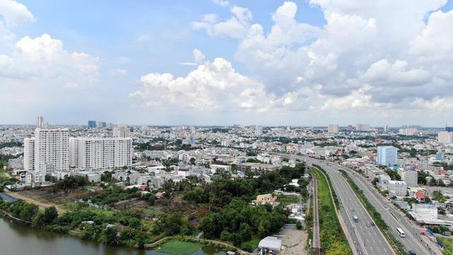 Chung cư trăm hoa đua nở dọc đại lộ đẹp nhất Sài Gòn - Ảnh 34.