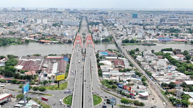 Chung cư trăm hoa đua nở dọc đại lộ đẹp nhất Sài Gòn - Ảnh 8.