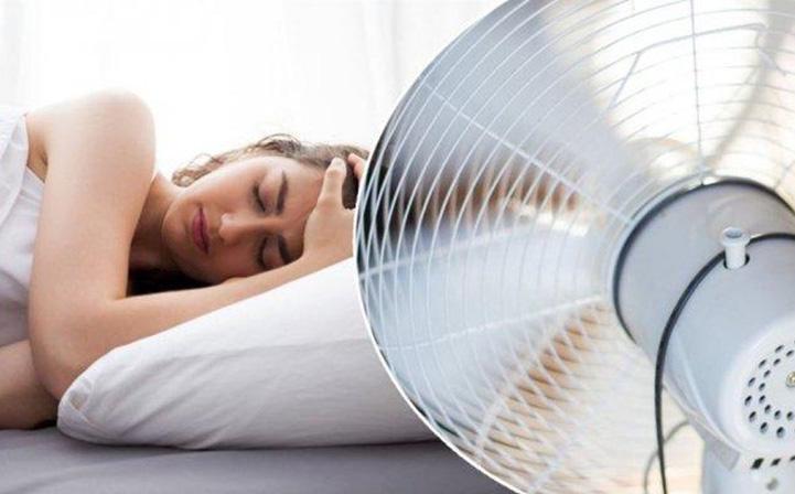 Liệt mặt chỉ sau 1 đêm nằm ngủ: ''Thủ phạm'' là một thói quen nhiều người làm trong mùa nóng
