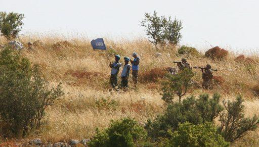 Đặc nhiệm, xe tăng Merkava của Israel vượt tuyến xanh, lính Lebanon giương tên lửa sẵn sàng nhả đạn - Tình thế cực kỳ căng thẳng - Ảnh 4.