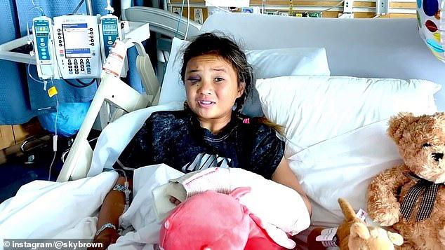 Thần đồng trượt ván 11 tuổi bị nứt hộp sọ, may mắn sống sót sau cú ngã kinh hoàng trong lúc tập luyện - Ảnh 4.