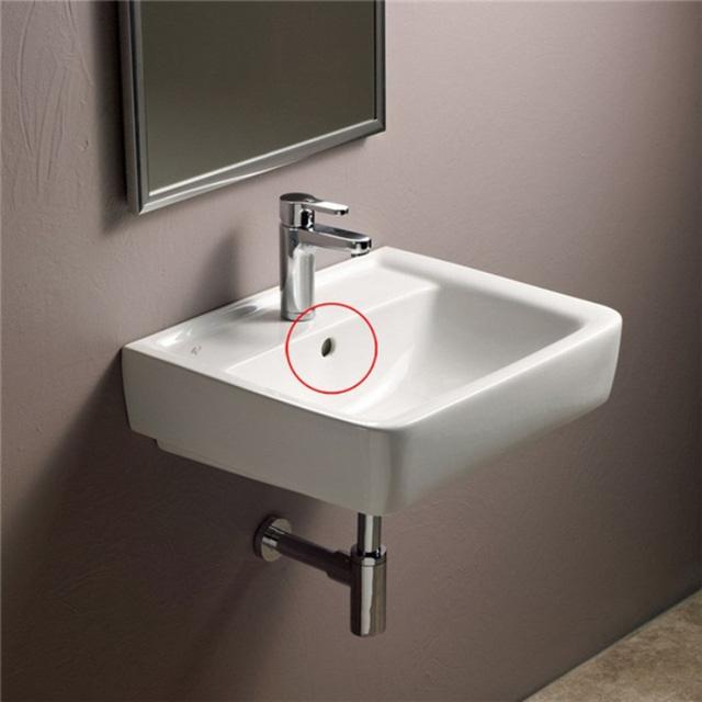 Lỗ nhỏ trên bồn rửa mặt, hình ảnh rất quen thuộc nhưng không phải ai cũng biết vì sao nó lại ở đó - Ảnh 5.