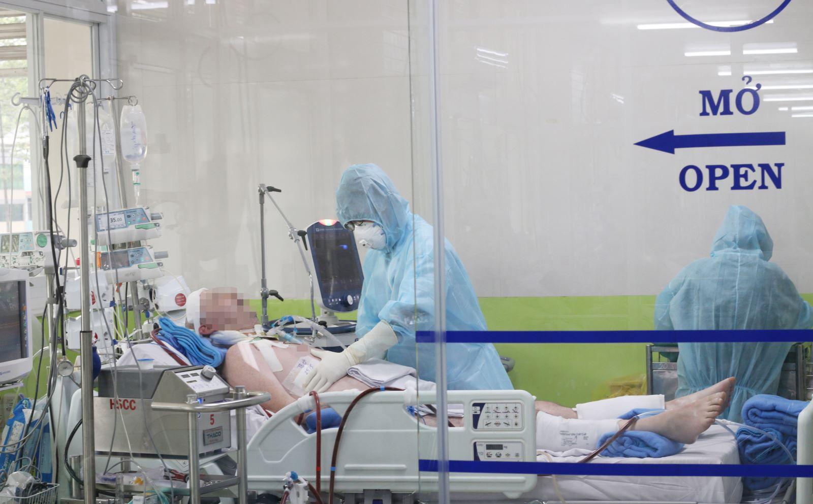 Đang hồi phục ''kỳ diệu'' và đã ngưng dùng ECMO, bệnh nhân 91 có cần ghép phổi?