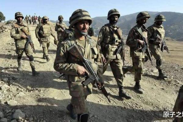 Trung - Ấn hoàn thành bày binh bố trận ở biên giới đợi 'giờ G'? - ảnh 1