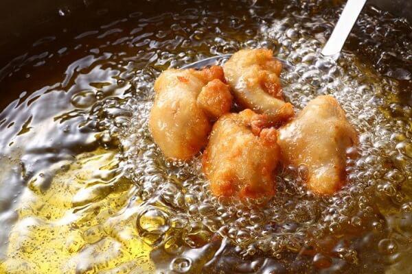 3 kiểu nấu ăn có thể tạo ra chất độc gây ung thư: Tiếc rằng nhiều người vẫn vô tư làm - Ảnh 3.