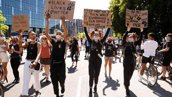Điểm lại những vụ sát hại, phân biệt chủng tộc gây rúng động tại Mỹ - ảnh 3