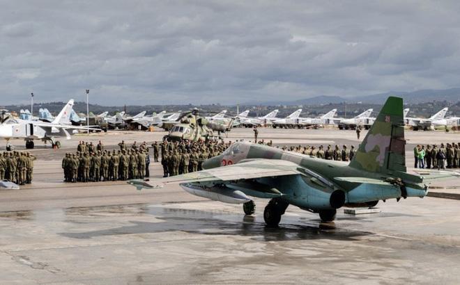 TT Putin ra lệnh, Bộ trưởng QP Shoigu thực thi: Nga lập pháo đài bất khả xâm phạm ở Syria - Ảnh 1.