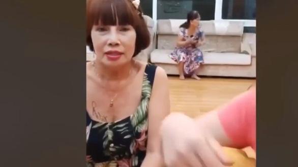 Động thái bất ngờ của vợ chồng cô dâu 65 tuổi ở Đồng Nai và chú rể 24 tuổi sau ồn ào bạo hành - Ảnh 3.