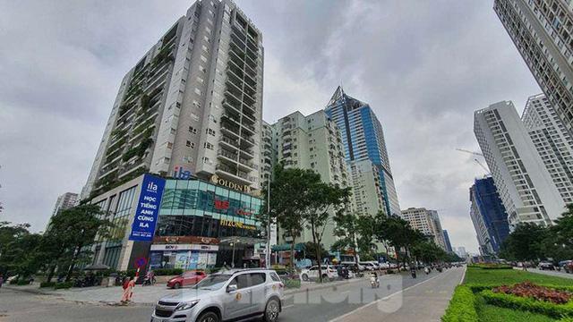 Cận cảnh ô đất vàng dịch vụ cuối cùng đô thị mẫu Hà Nội bỏ hoang 20 năm - Ảnh 2.