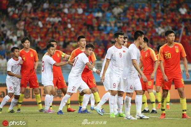 Vì sao cầu thủ Trung Quốc vô kỷ luật dù bóng đá được đầu tư rất nhiều tiền của? - Ảnh 3.