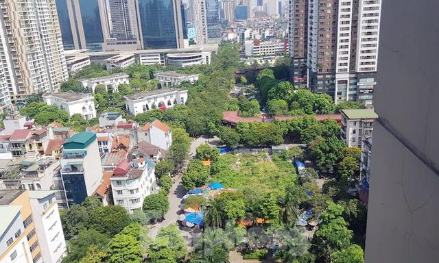 Cận cảnh ô đất vàng dịch vụ cuối cùng đô thị mẫu Hà Nội bỏ hoang 20 năm - Ảnh 13.