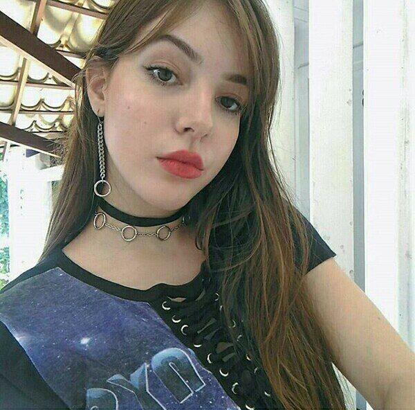 Sở hữu body đồng hồ cát nóng bỏng, thiếu nữ 20 tuổi Brazil khiến hàng triệu gã trai trồng cây si! - Ảnh 8.