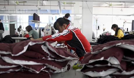 Xưởng may ở Nga dùng 600 người Việt làm hàng 'nhái' 1