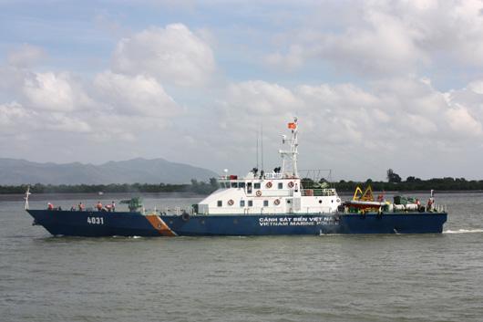 Tàu TT-400 được trang bị nhiều thiết bị hiện đại và đồng bộ, tàu có khả năng hoạt động trong điều kiện sóng cấp 10.