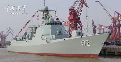 Tàu khu trục Type 052D của Trung Quốc