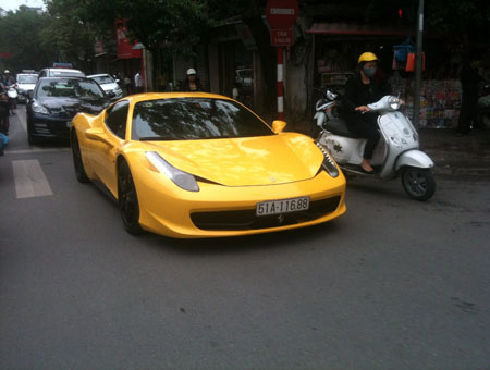 Soi biển số khủng của dàn siêu xe nhà đại gia Việt - Ảnh 4.