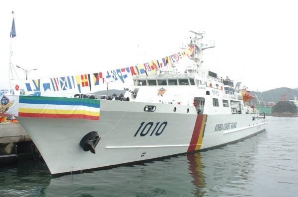 Tàu tuần tra lớp sông Hàn số hiệu 1010, gia nhập biên chế năm 2012.