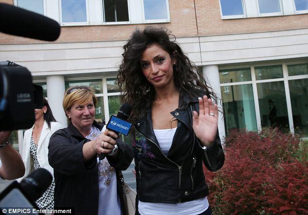 Fico bên ngoài tòa án nơi gặp Balotelli