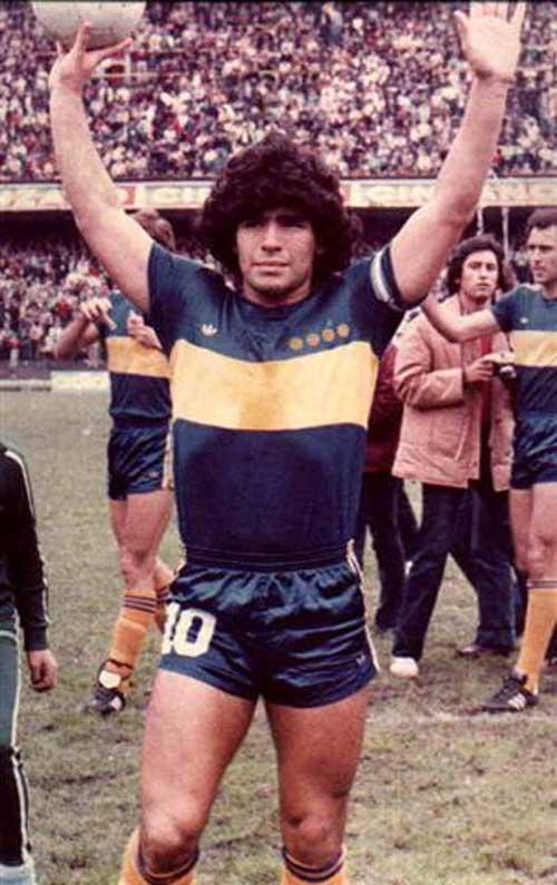 Maradona trong màu áo Boca
