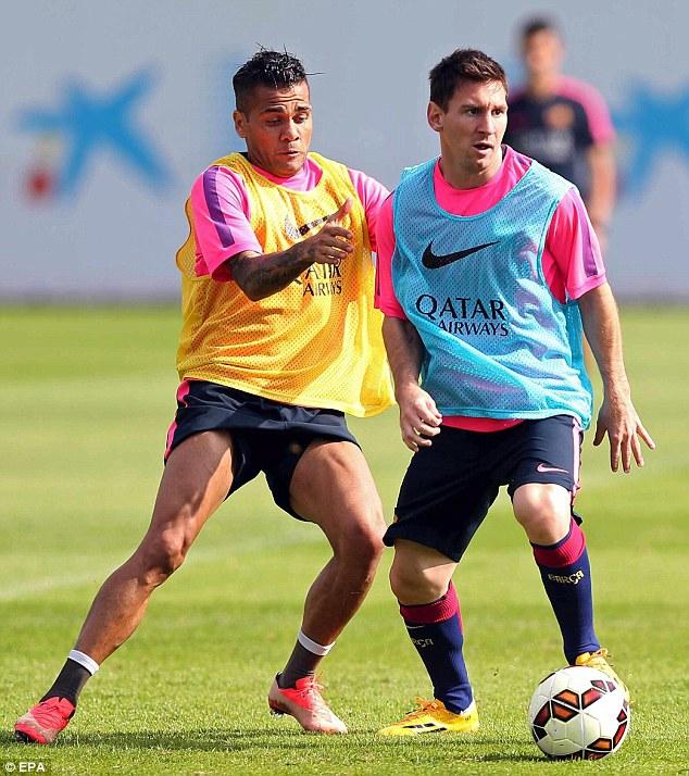 Messi tập luyện với Barca ngày hôm qua