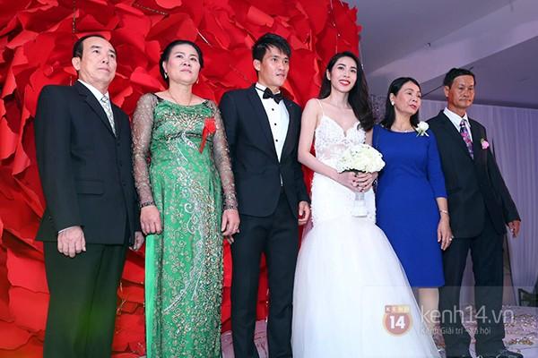 Nó tôn vinh sự rực rỡ cho đám cưới của Công Vinh - Thủy Tiên