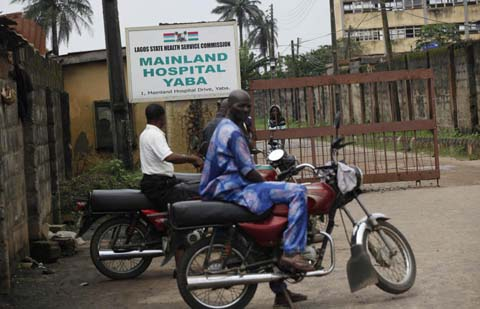 Thêm những hình ảnh chấn động từ tâm đại dịch Ebola 1
