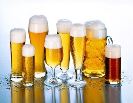 Nếu thuộc 3 nhóm người sau, thèm mấy cũng không được uống bia