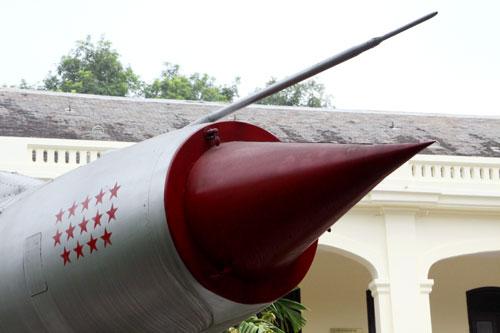 Mỗi ngôi sao đỏ tương ứng với một chiến công của chiếc Mig-21
