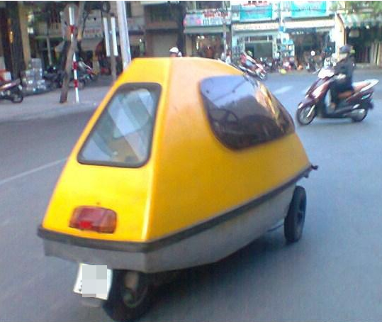 Những hình ảnh về chiếc xe có hình thù lạ được chụp lại trên đường phố Sài Gòn