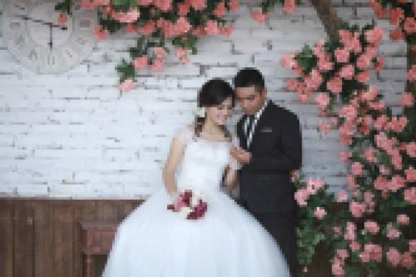 Tuấn và Thanh đã từng hoãn đám cưới.