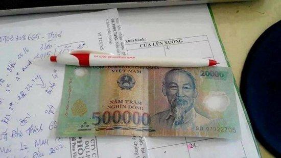 Ghép tiền rách 500 ngàn và 20 ngàn lừa đảo - Ảnh 1