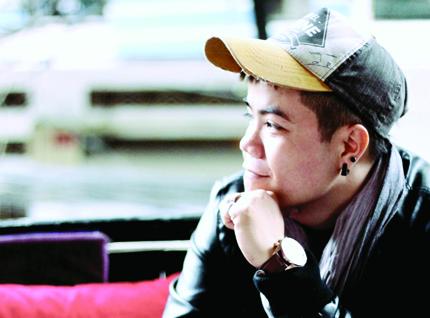 """Ca sĩ Đinh Mạnh Ninh: """"Tôi yêu ít mà, mới có 5-6 người"""" 1"""