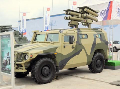 Hệ thống tên lửa chống tăng Kornet trên xe ô tô bọc thép Tigr
