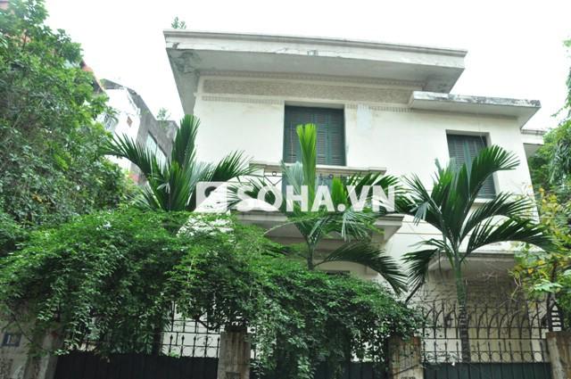 Căn biệt thự ở 12 Nguyễn Chế Nghĩa, Hoàn Kiếm, Hà Nội (Ảnh: Tuấn Nam)