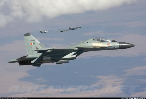 Su-30MKI - chiến đấu cơ tiên tiến và đóng vai trò chủ lực trong Không quân Ấn Độ liên tục gặp sự cố về động cơ.