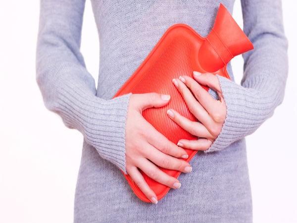 Trườm nóng: Dùng một túi nước nóng và trườm về phía sau cổ sẽ giúp bạn giảm đau đầu do stress. Điều này sẽ giúp bạn thư giãn các cơ bắp và hạn chế việc đau nhói ở vùng đầu.