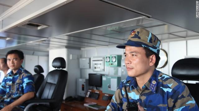 Thuyền trưởng - Đại úy Nguyễn Văn Hưng.