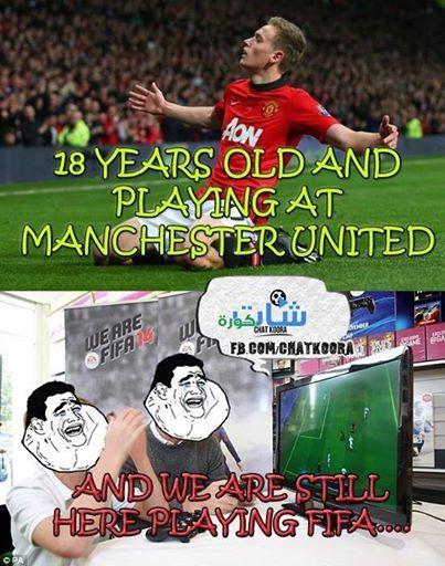 Mới 18 tuổi nhưng đá chơi bóng ở Old Trafford còn bao thanh niên khác chỉ biết tới... FIFA