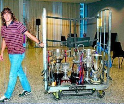 Vâng, đó là cách Carles Puyol rời Nou Camp!