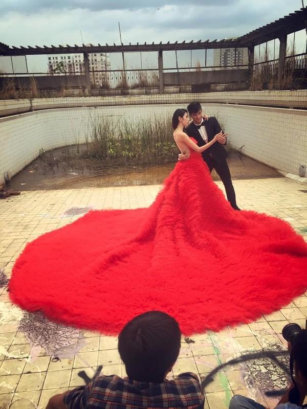 Hé lộ hậu trường chụp ảnh cưới của Công Vinh - Thủy Tiên 12