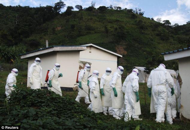 Rợn người hình ảnh chết chóc ở tâm đại dịch Ebola 12