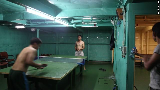 Phòng giải trí cho các cán bộ trên tàu Cảnh sát biển khá nhỏ hẹp.