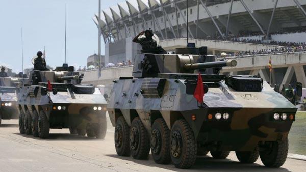 Cối tự hành Type-07PA do Trung Quốc sản xuất trong lễ diễu bình ngày 26/04 vừa qua tại Tanzania.