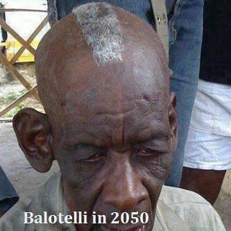 Balotelli năm 60 tuổi, vẫn để đầu dị