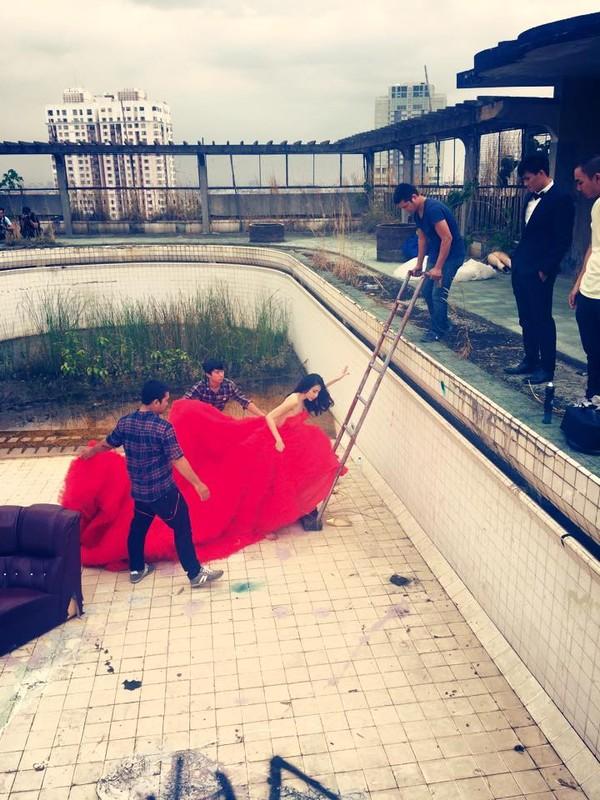 Hé lộ hậu trường chụp ảnh cưới của Công Vinh - Thủy Tiên 18