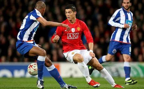 Cuộc đời anh sang trang khi đến Man United